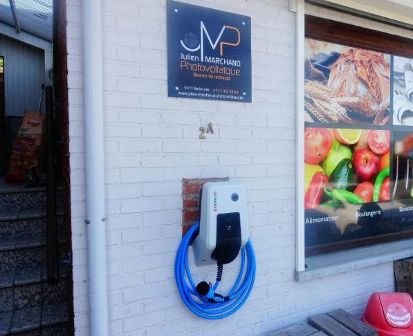 Borne de recharge pour véhicule électrique à Namur